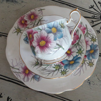 Vintage Royal Albert Bone China Teacup Flower of the Month Series Cosmos October Birthday Gift Cottage Chic Floral Tea Cup Cup and Saucer