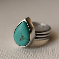 Turquoise ring. Aluminum and turquoise teardrop vintage style handmade ring. Recycled jewelry