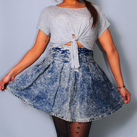 SALE Vintage 1980s 90s high waisted ACID WASH retro pleated Denim mini circle skirt with exposed zipper