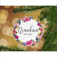 Floral Pregnancy Announcement Grandma EST Keepsake Christmas Ornament - Gifts for Her - Christmas Gift Ideas - RO0052