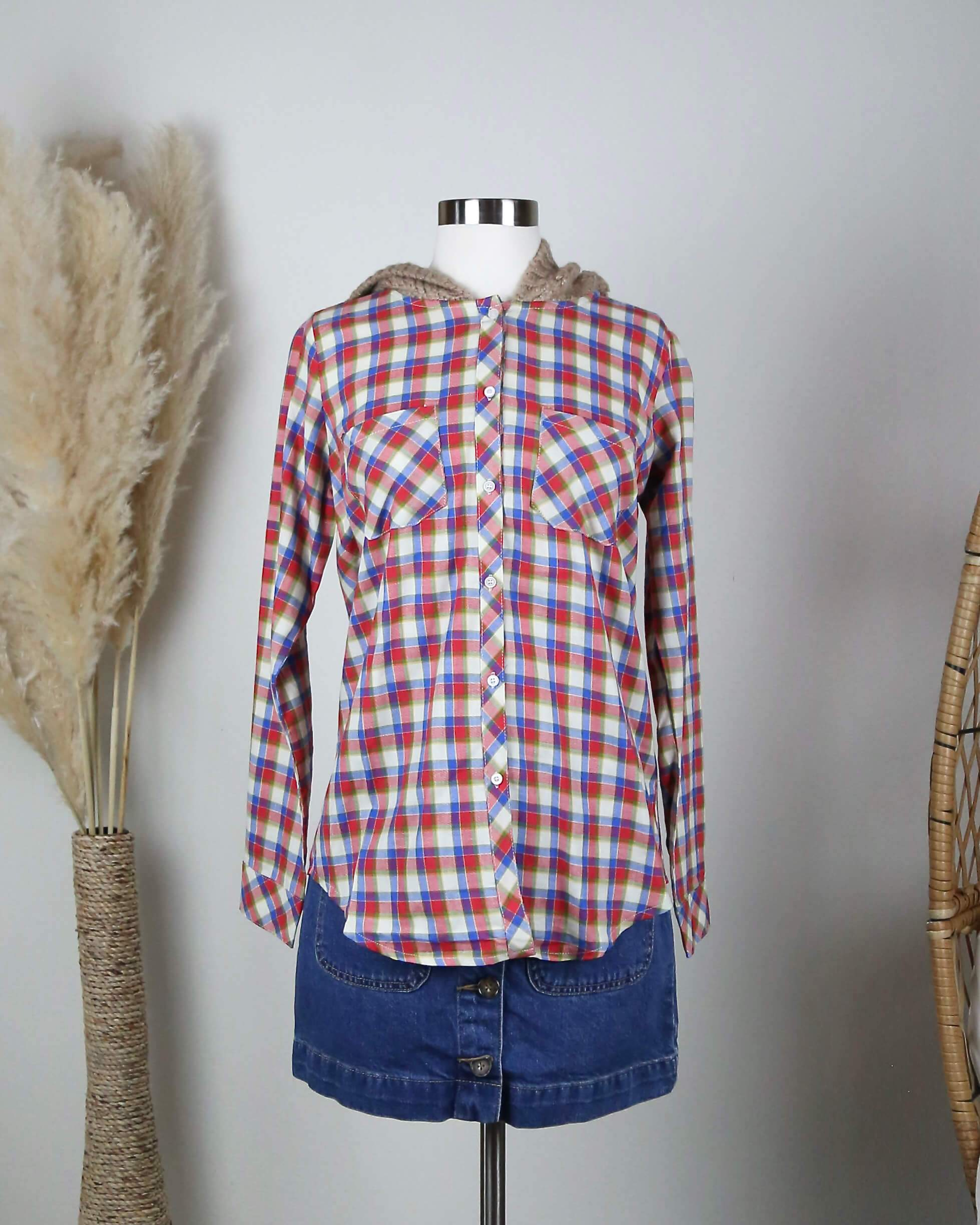 Image of LoveStitch Boyfriend Plaid Shirt with Knit Hood in Red