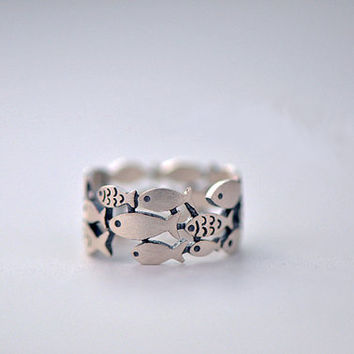 Cute Fish Ring, Sterling Silver Fish Ring, Fish Jewelry, Animal Jewelry,Personalised custom made,gift for her,cute ring,sea ring