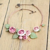 Floral bib necklace, Rose flower necklace, Pink rose necklace, Pastel flowers necklace, White floral necklace, Cottage chic flowers necklace
