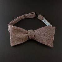 Rust red chambray self tie bow tie – burgundy mens cotton linen free style bowtie – adult size – rustic classic style – solid color