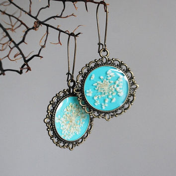 Turquoise Real Flower 01 Earrings  Resin by NaturalPrettyThings