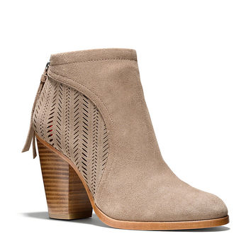 HONEY BOOTIE   Lord and Taylor