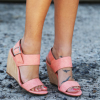 Retriever By BC Footwear {Coral}