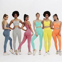 Different Colors of  Fashion Sport Wear