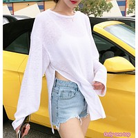 Falling shoulders and long sleeves open swaying sunscreen clothing TEE shirt beach blouse