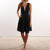 Low-Cut Cut Out Pleated Dress  12408