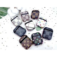 Louis Vuitton LV & GUCCI & Burberry Fashion New Monogram Print Women Men Protective Case Earphone Case No Headphones