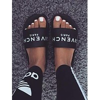 Trendsetter Givenchy Woman Casual Fashion Sandals Slipper Shoes
