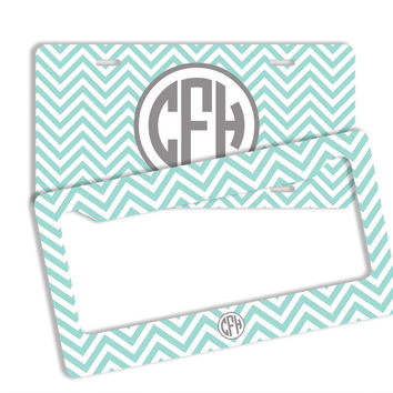 PREPPY CHEVRON WITH WHITE - PERSONALIZED LICENSE PLATE