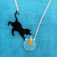 'Cat Gets Fish' Necklace Pendant FREE SHiPPiNG
