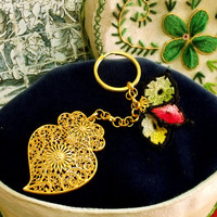 Portugal filigree Viana heart key chain gold folk Portuguese filigree gold Heart of Viana key ring jewelry art Flag Crochet doilies