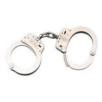 Smith and Wesson 100 - Chain Handcuff