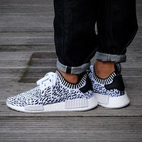 Adidas NMD R1 PK Footwear White / Core Black BZ0219 Boost Sport Running Shoes Classic Casual Shoes Sneakers