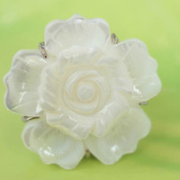 Ring, natural white sea shell ring, big shell flower ring, best gift for wedding,birthday and Christmas