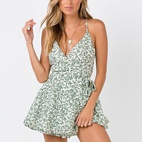 Leaf Print Casual Rompers Women Sleeveless Playsuits Sexy V Neck Jumpsuits Elegant Party Beach Rompers