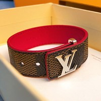 LV Louis Vuitton hot sale new couple retro alphabet leather bracelet
