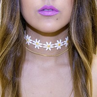 Daisy Choker Chain Necklace