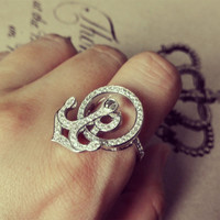 YAN & LEI Alloy Spinning Anchor Ring