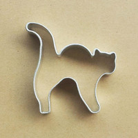 Halloween Cat Shape Aluminum Biscuit Mold Bakeware Fondant Cake Mold DIY Sugar craft 3D Pastry Cookie Cutters Baking Tools  NF55