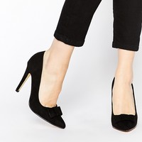 London Rebel Bow Heeled Court Shoes