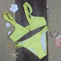 2016 New Solid Yellow Women Retro Front Fasten Bikini Swimsuit Swimwear Ruffled Lace Strapped Bikini String Beachwear Biquini