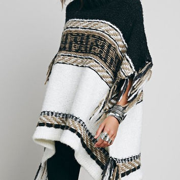Turtle Neck Spliced Fringed Loose-Fitting Sweater