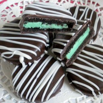 Milk Chocolate Covered Mint Oreos Cookies Green Party Favors Chocolate Mint Green Wedding Favors Dessert Bar