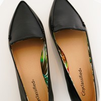 Business Or Pleasure Pointed Flat Black