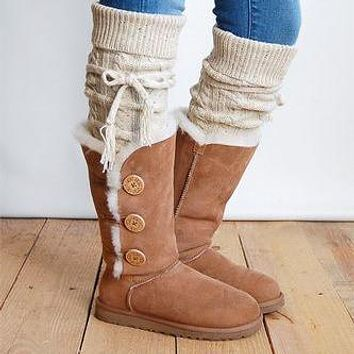 UGG classic hot-selling mid-tube three-layer button snow boots men and women boots shoes