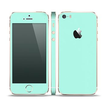 The Subtle Solid Green Skin Set for the Apple iPhone 5s