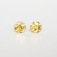 Pretty Hammered Gold Round Dot Stud Earrings, Round Earrings Bridesmaid Gift. Minimal Jewelry,Gift under 10
