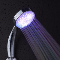 Hot Romantic Automatic Magic 7 Color 5 LED Lights Handing Rainfall Shower Head Single Round Head for Water Bathroom Accessories