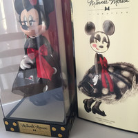 disney store limited edition minnie mouse signature collection doll new with box