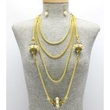 Vintage Style Gold & Faux Pearl Necklace & Earring Set