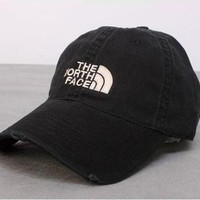 Boys & Men The North Face Casual Classics Embroidery Hats