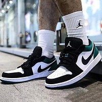 Air Jordan 1 Low Fashion Women Men Casual Sport Running Shoes Basketball Sneakers White&Black&Green