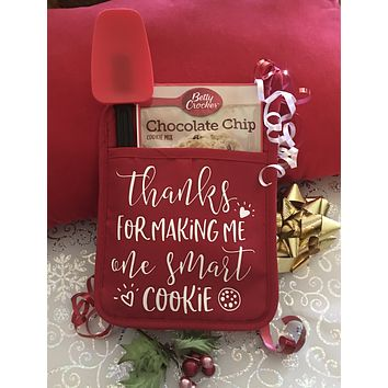 Teachers Gift Pot Holder Gift Set with Spatula Thanks for Making Me One Smart Cookie