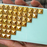 Studded Personalized Cell Phone Hard Case Cover With Golden Studded Pyramid For Apple iPhone 4,iPhone 4s,iPhone 4g iPhone 4gs