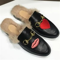 2017 Women Luxury Brand winter real fur Slippers Hot Sale European Fashion Slides Genuine Leather Casual Mules Shoes High Quality D619