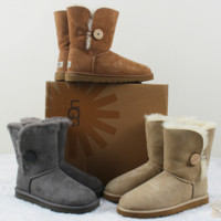 """""""UGG"""" Women Fashion Wool Snow Boots Calfskin Shoes A button (4-color)"""