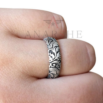 Floral wedding band, engraved ring, engagement ring, gothic promise ring, band ring, goth jewelry, gothic wedding band, oxidized silver ring