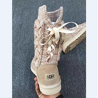 U UGG sells fashionable women's high bow cashmere snow boots