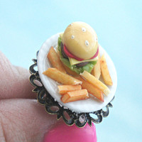 burger and fries plate ring