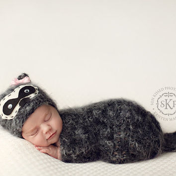 Baby Raccoon hat set, Knit Newborn Hat, Baby Hat, Animal Hat, Great Photo Prop