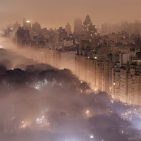 Light pollution and fog combine to blur a New York City skyline Photographic Print by Jim Richardson at eu.art.com