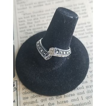 MD Marcasite CZ sterling silver faux bypass vintage ring size 8 USA